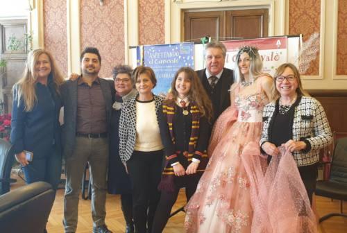 """Ad Ancona torna """"El Carnevalò"""": sfilata con oltre 200 maschere. Ospite d'onore: Madame Operà"""
