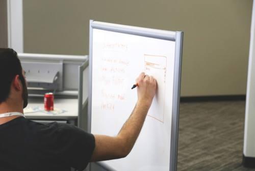 """Confindustria Giovani presenta i finalisti di """"E se funzionasse?"""". Nuove idee per nuove imprese"""
