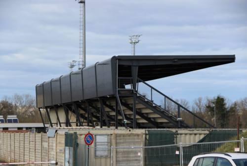 Nuova tribuna per lo stadio di Monte San Giusto, Gentili rilancia: «Previste anche nuove riqualificazioni»