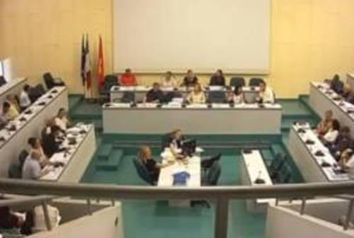 Ancona, Rubini (AIC) ed Eliantonio (Fdi): «Subito consiglio comunale in videoconferenza»