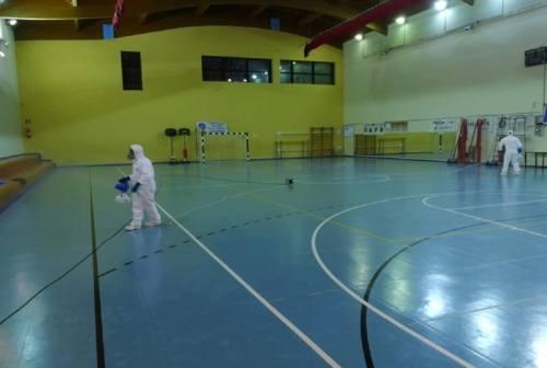 Valmusone, diminuiscono i contagi ma l'allerta resta alta: a Castelfidardo arrivano gli aiuti