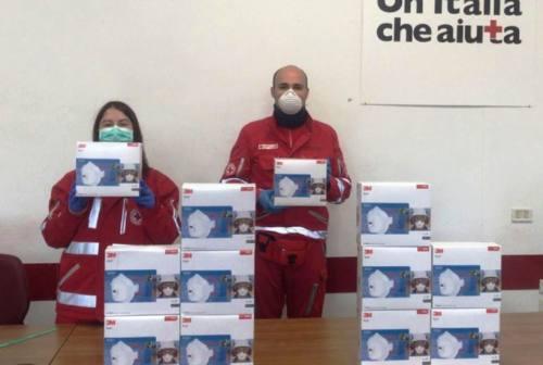 Croce Rossa di Osimo, l'impresa Bravi dona 120 mascherine FFP3