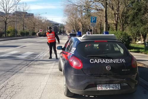 Due ragazze 20enni di Fabriano arrestate per spaccio di droga