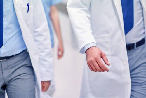 Coronavirus, restrizioni prorogate fino al 13 aprile. Nelle Marche boom di richieste di cassa integrazione