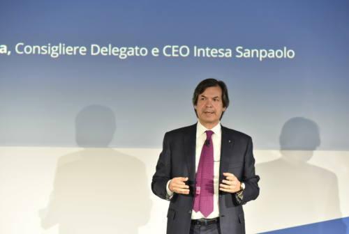 Intesa Sanpaolo dona 100 milioni per far fronte all'emergenza Coronavirus