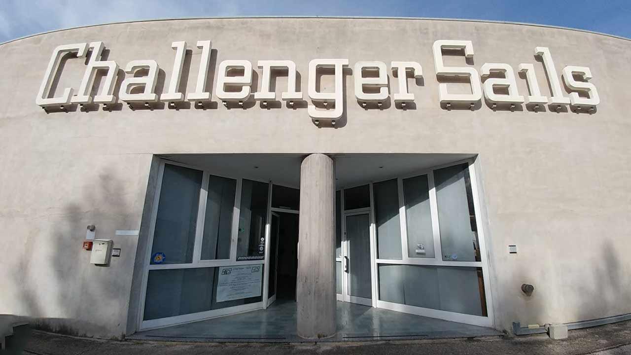 La veleria Challenger Sails di Senigallia