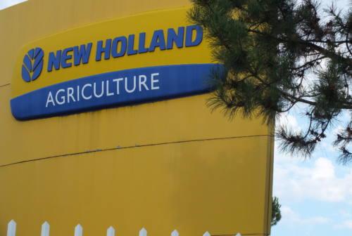 Coronavirus, la New Holland  di Jesi dà lo stop alla produzione