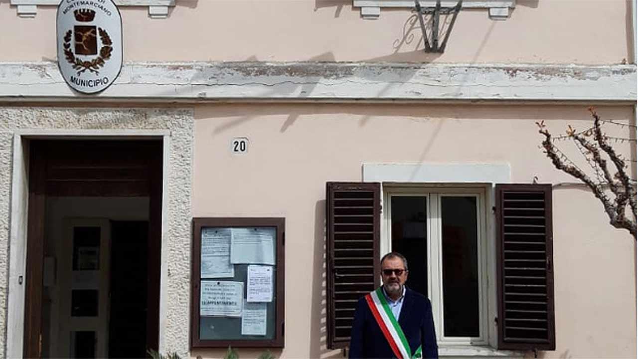 La commemorazione per le vittime del coronavirus a Montemarciano