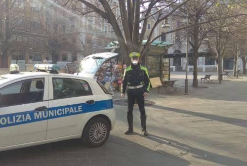 """Ancona, primo pedone """"fuori quartiere"""", multa da 400 euro"""