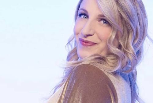 La comica Katia Follesa, in quarantena col sorriso: «Cerchiamo di non farci prendere dallo sconforto» – VIDEO