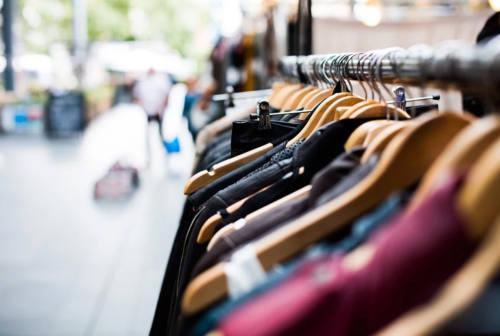 Confesercenti Pesaro: «Venditori ambulanti e mercati, categoria in profonda difficoltà»