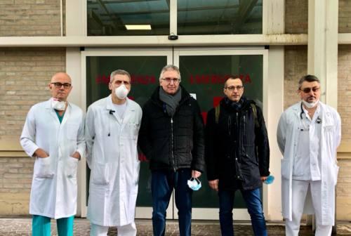 Pesaro, Ricci e Ceriscioli in visita all'ospedale: «Il sistema sta rispondendo bene». I numeri