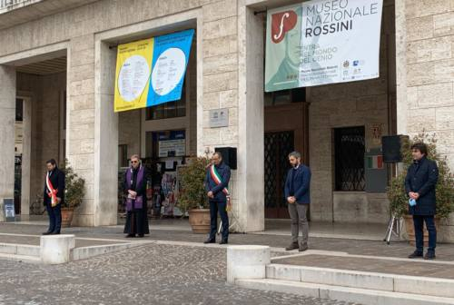 Pesaro, un monumento ai caduti e agli eroi del coronavirus al Miralfiore