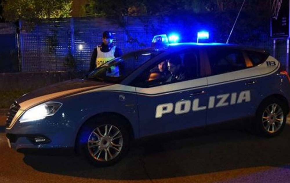 Polizia, Ancona, notte