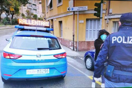 Coronavirus, tra pranzi all'aperto e corse fuori comune: una trentina le sanzioni della Polizia
