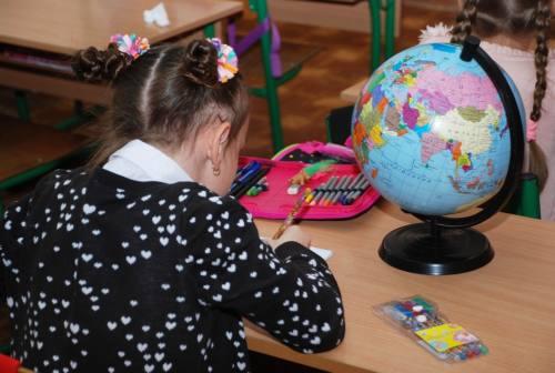 Coronavirus, scuole chiuse e famiglie in crisi per i compiti. I consigli degli esperti