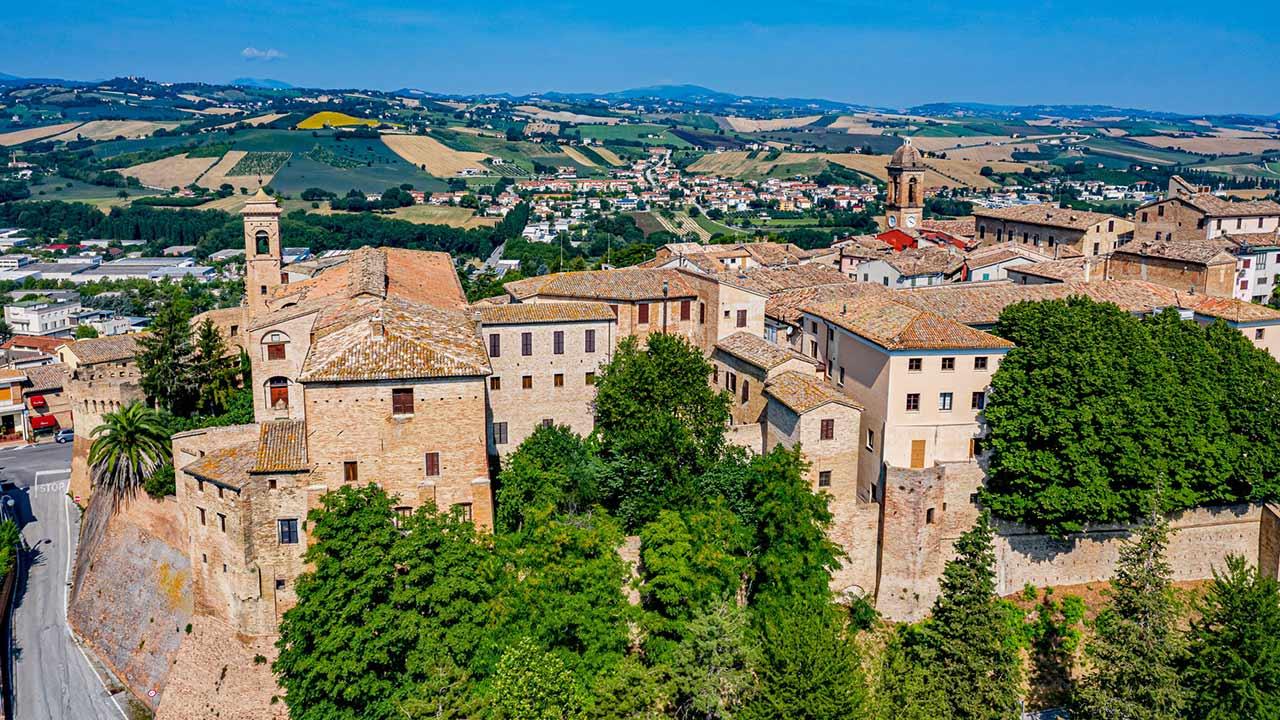 Serra de' Conti, panoramica da via San Paterniano. Fonte: Comune di Serra de' Conti