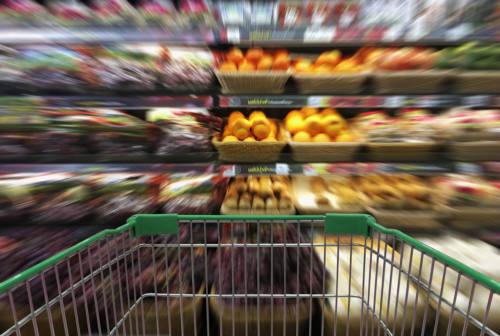 Pesaro, seconda fase di buoni spesa: priorità a chi ha affitto e mutuo