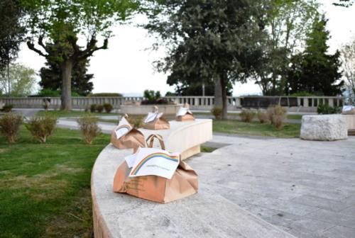 Coronavirus, a Castelfidardo scatta la solidarietà: pacchi alimentari gratis a Porta Marina