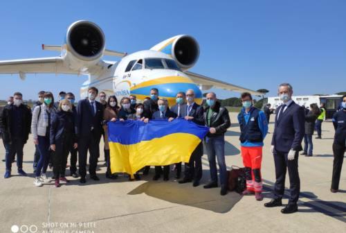 Coronavirus, arrivato il volo umanitario dall'Ucraina