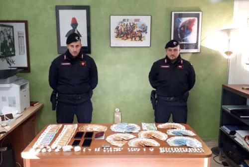 Cagli, la droga nella spazzatura, i soldi nella canna fumaria, arrestato albanese