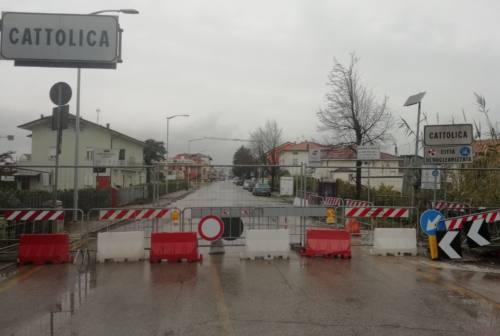 Gabicce, scavalca la recinzione al confine con Cattolica, denunciata 38enne