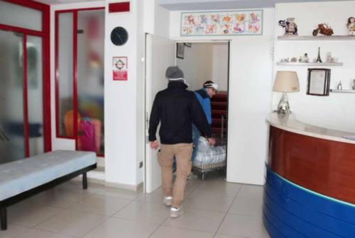 Buoni spesa esauriti, domani nuova tranche. Covid-hotel: a Senigallia lavori spediti – FOTO