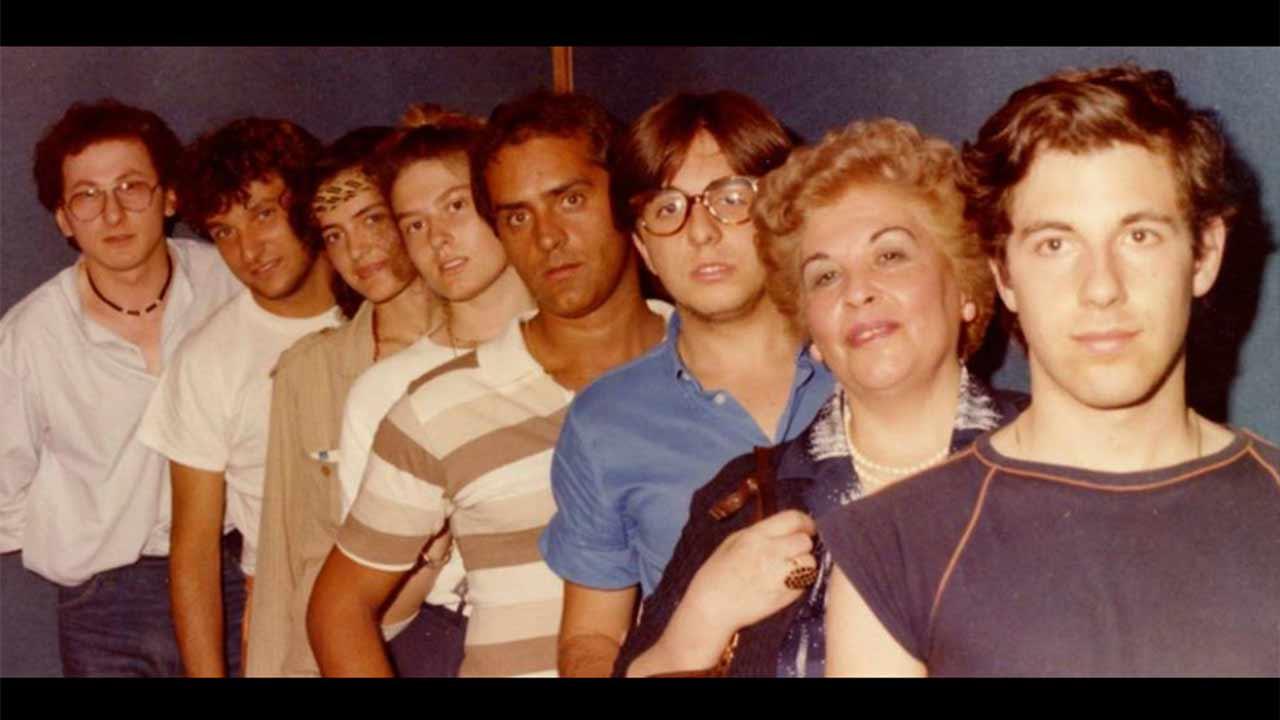 I protagonisti del GRS, Gruppo Radiofonico Senigallia negli anni '80. A sinistra Giampieretti