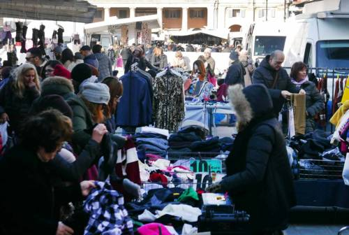 Commercio ambulante, gli imprenditori di Senigallia: «Fateci lavorare»