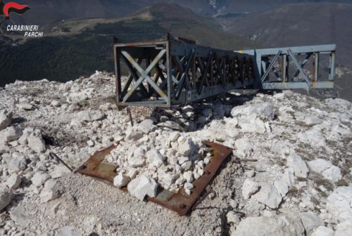 Pericolo di caduta a valle per la croce del Monte Bove