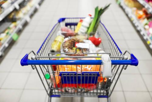 Quarantena e spesa al supermercato: come cambia il carrello dei marchigiani