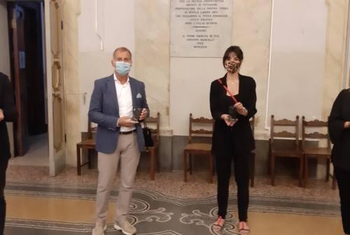 Vallesina onlus, Elisa Di Francisca consegna 43 elettrocardiografi ai medici di famiglia