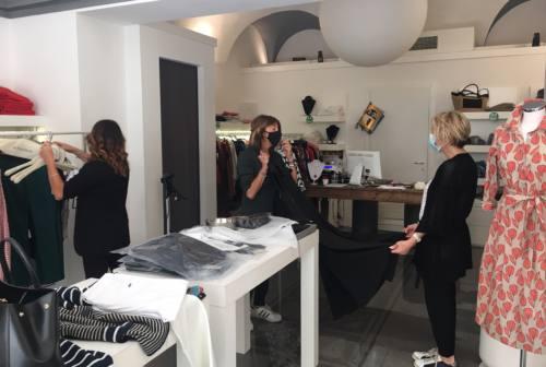 Coronavirus, la ripartenza: segnali positivi per i negozi in centro a Jesi – VIDEO