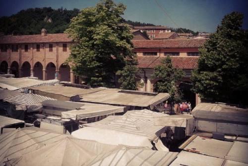 Fabriano: mercato in piazza a ranghi completi. Salta la fiera di San Filippo