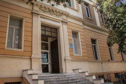 Pesaro, riprendono i lavori nelle scuole interrotti per l'emergenza Covid-19