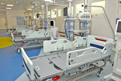 Coronavirus nelle Marche: 17 decessi, ricoveri in lieve salita e 466 positivi