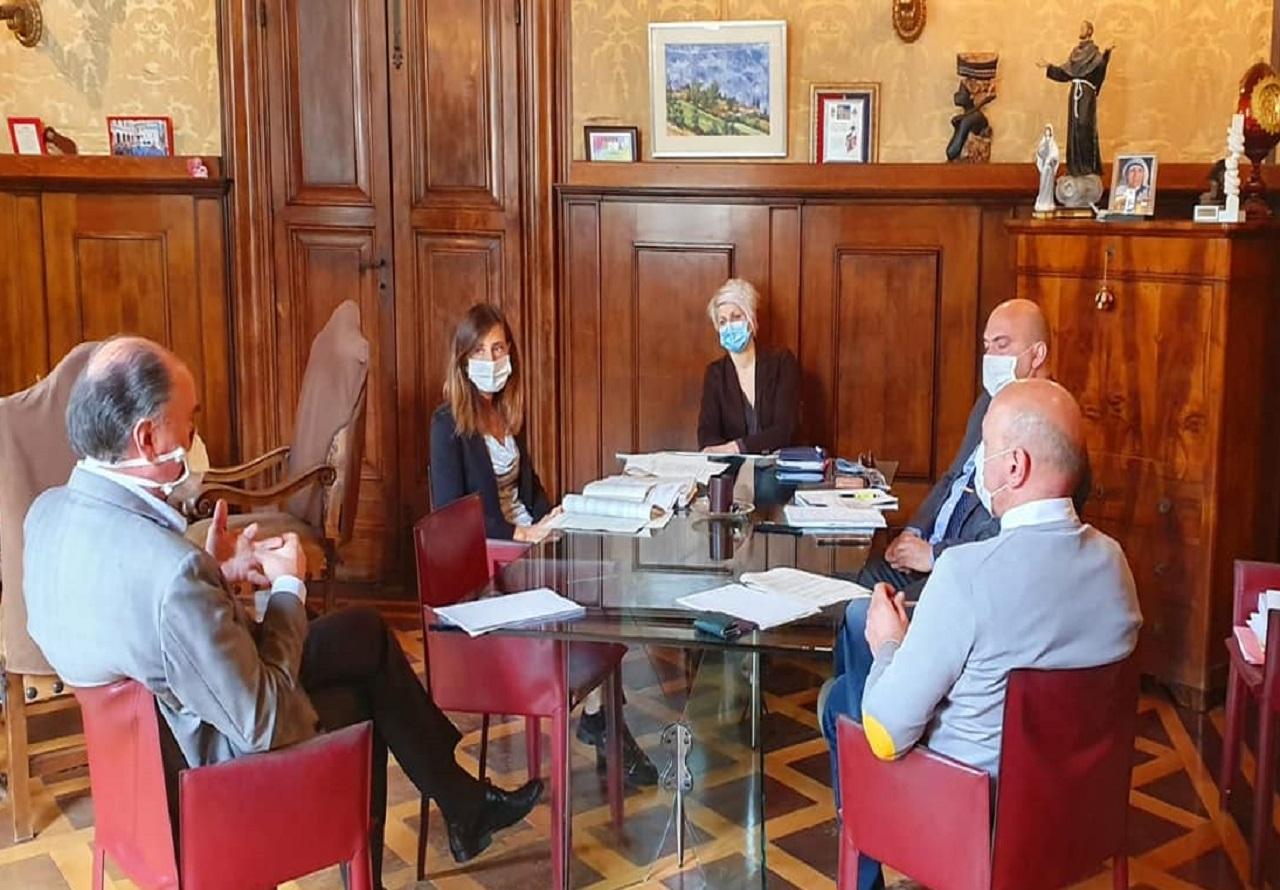 La riunione in Comune
