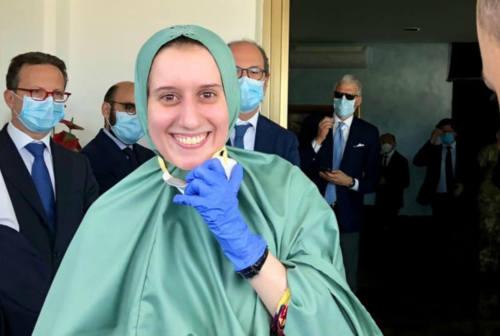 Silvia Romano racconta il rapimento: «Sono serena. Durante il sequestro sono stata trattata sempre bene»