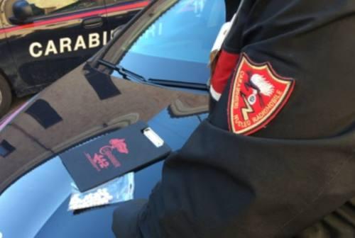 Macerata, spaccia eroina ai giardini: arrestato un 22enne