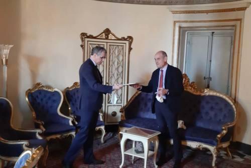 Jesi, il sindaco Bacci riceve il questore di Ancona Giancarlo Pallini