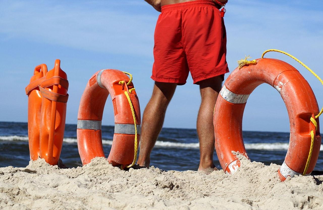 Bagnino di salvamento, operatore per il salvataggio in mare