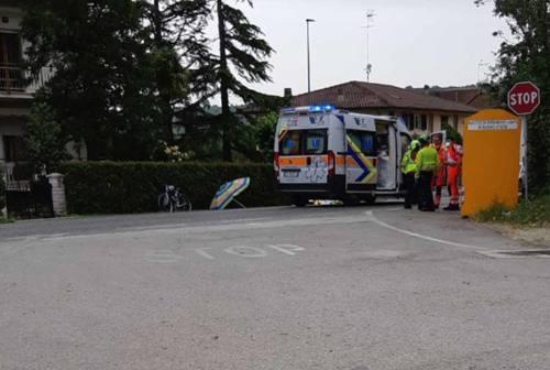 Malore in bicicletta ad Arcevia, ciclista si accascia e muore