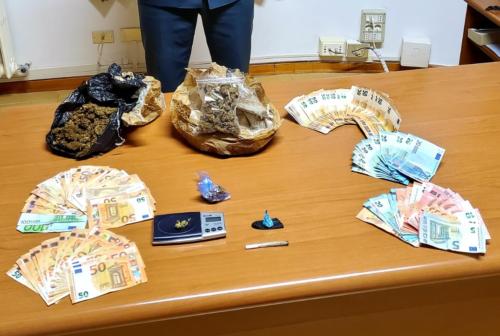 Doppio blitz anti droga della Guardia di Finanza: una denuncia e un arresto