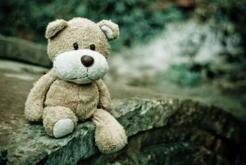 Gli aspetti positivi della tristezza e le differenze con la depressione. Il parere della psicologa