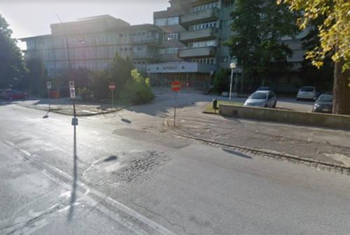 Ex ospedale di Jesi, in dodici da tutta Italia per la demolizione