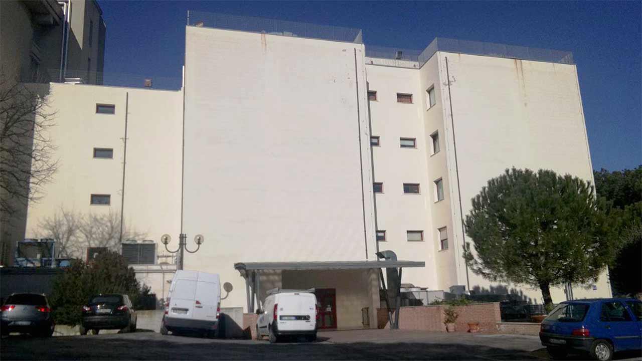 L'ospedale di Senigallia: l'edificio di riadiologia e diagnostica per immagini, nefrologia, dialisi
