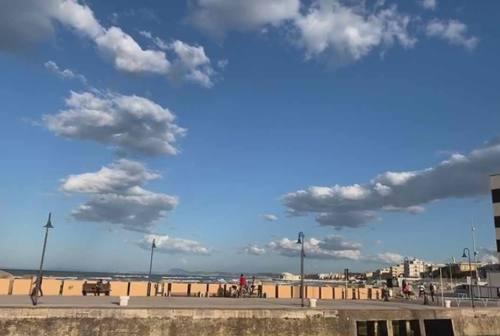 Senigallia, il primo weekend di (semi)libertà tra spiaggia e parchi è andato bene