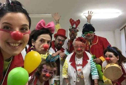 """Dai clown """"Ciofega"""" di Senigallia il ringraziamento agli operatori sanitari"""