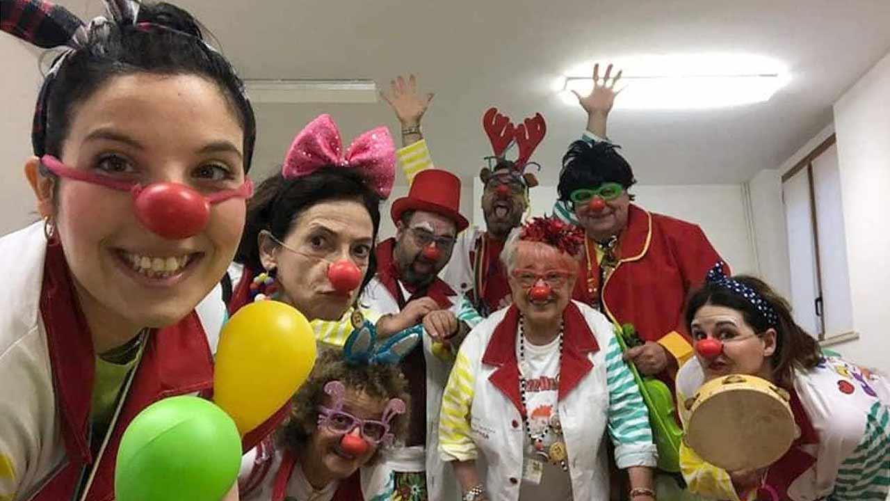I clown di corsia dell'associazione di volontariato Vip Claun Ciofega Senigallia Odv