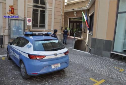 Osimo, rissa in centro: denunciati cinque giovani